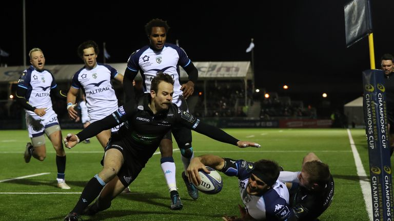 Kelian Galletier scored the first try of the match after a magnificent finish in the corner