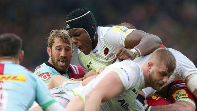 Maro Itoje [centre] picked up an injury during Sunday's Premiership encounter
