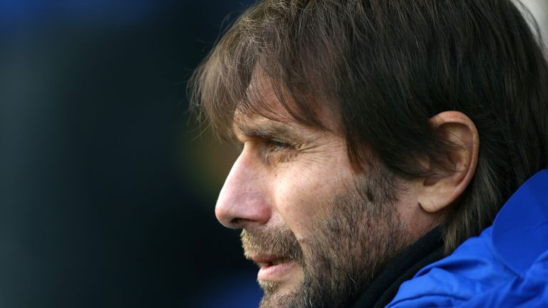 Antonio Conte should have introduced striker Michy Batshuayi earlier in Saturday's goalless draw at Everton, says Jamie Redknapp