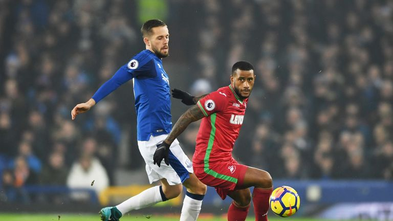 Gylfi Sigurdsson has been ruled out of a reunion with Swansea with a knee injury