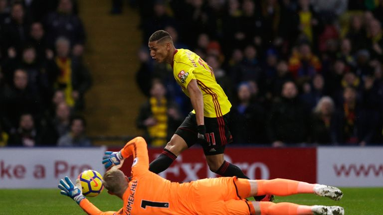 Richarlison fails to score past Schmeichel in first half