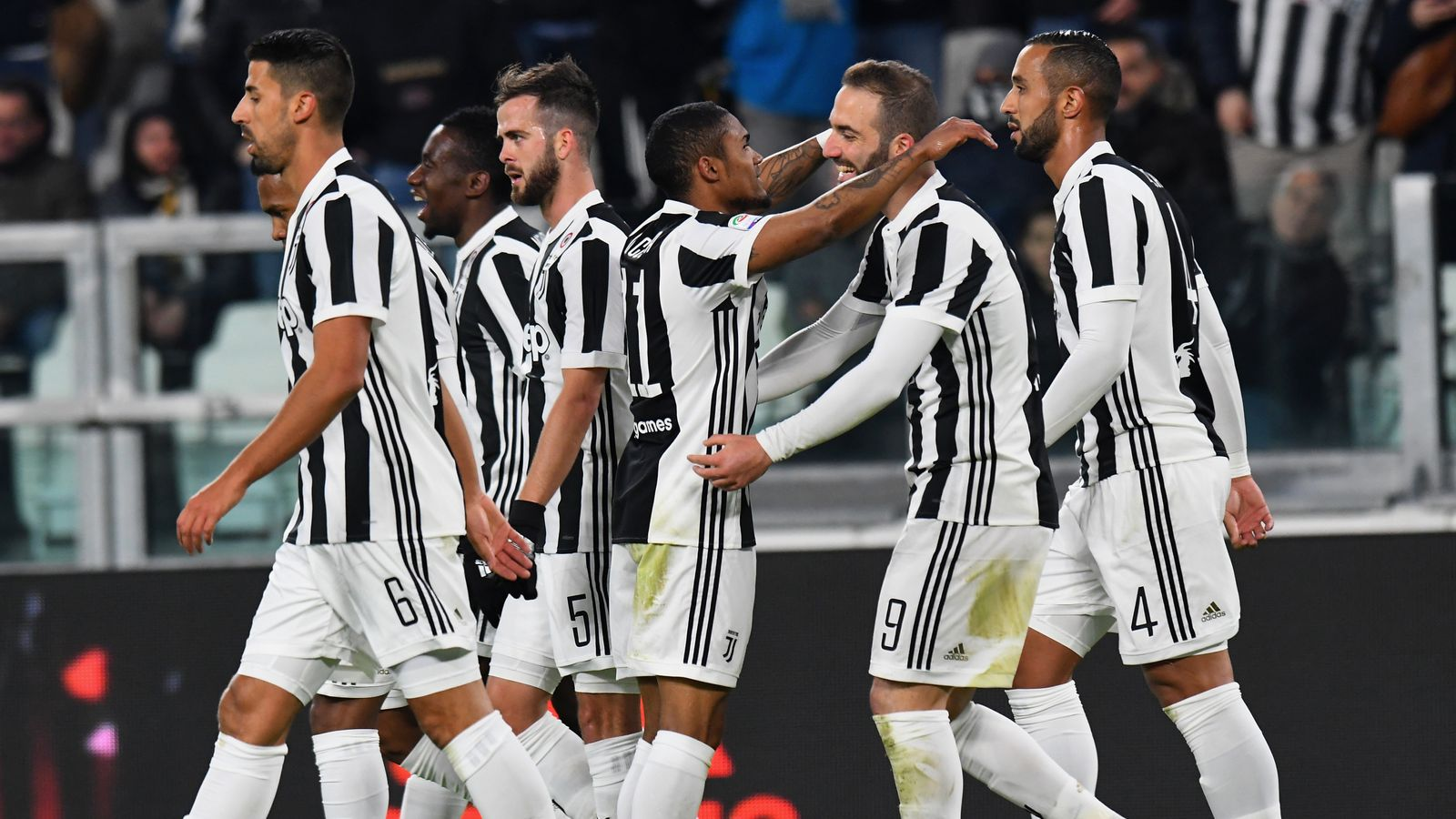 Juventus 1 0 Genoa Douglas Costa Nets As Juve Turn Up Heat On Serie A Leaders Napoli Football News Sky Sports