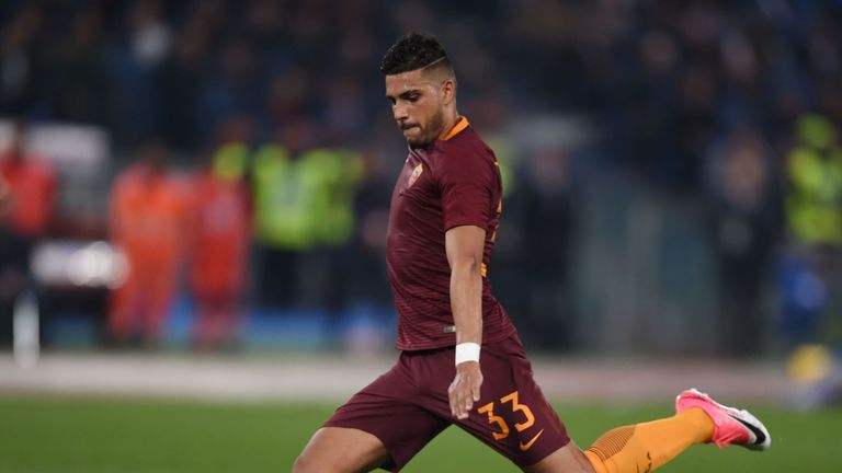 Roma defender Emerson Palmieri playing against Lazio last year