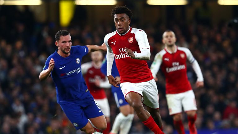 Chelsea and Arsenal fought out a goalless draw in the first leg