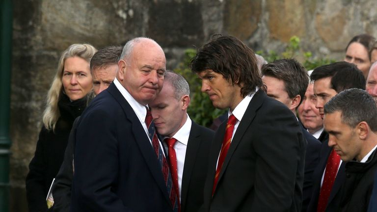 O'Callaghan greets Anthony Foley's father Brendan outside St Flannan's Church, Killaloe, Co. Clare