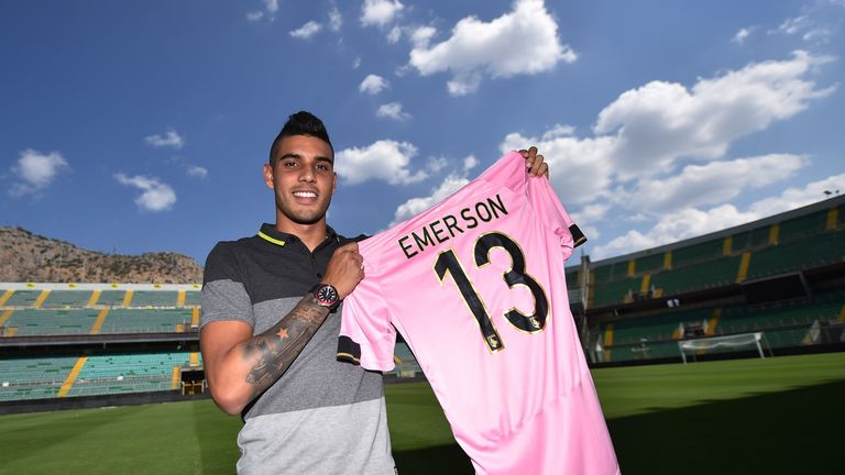 PALERMO, ITALY - SEPTEMBER 12:  Emerson Palmieri Dos Santos poses during his presentation as new player of US Citta di Palermo at Renzo Barbera stadium on