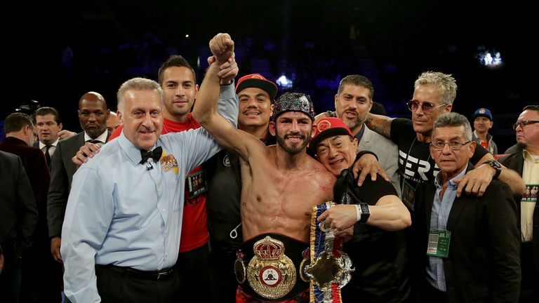 Jorge Linares celebrates after beating Mercito Gesta on Saturday night