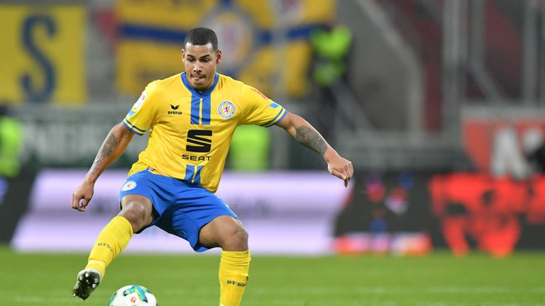 Onel Hernandez joins from Bundesliga 2 side Braunschweig