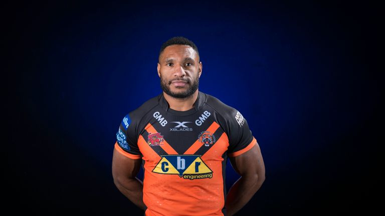 Castleford's Garry Lo will not feature against Wakefield