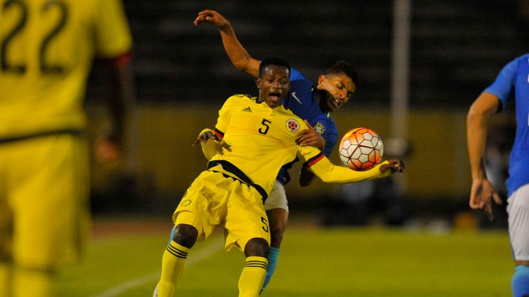 Anderson Arroyo in action for Colombia at the South American U20 Championship