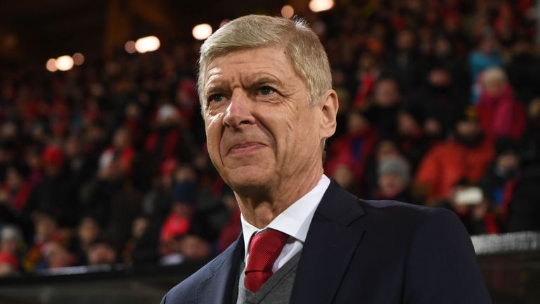 Merson says Arsene Wenger should not concentrate solely on the Europa League