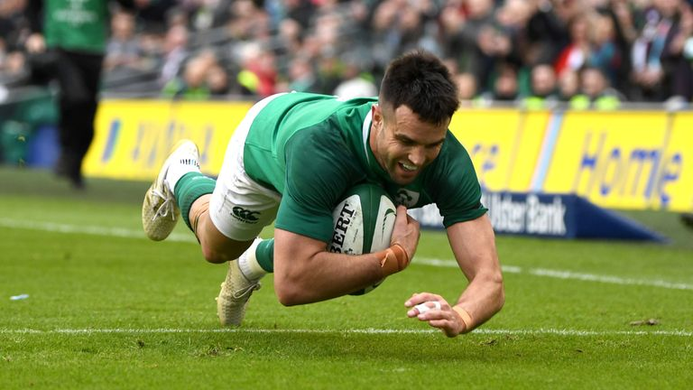 Conor Murray went over for Ireland's second try after just 14 minutes
