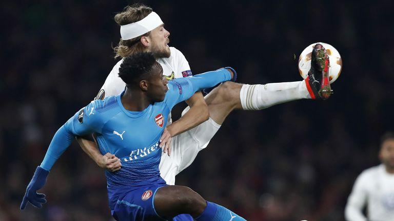 Danny Welbeck struggled against Ostersunds on Thursday