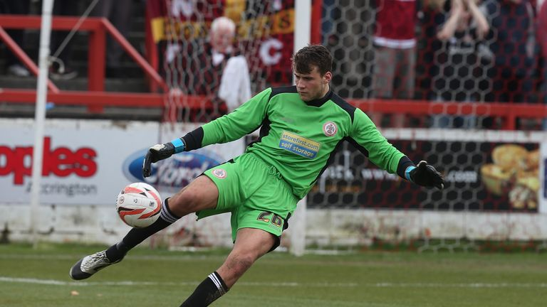 Bettinelli spent time on loan at Accrington Stanley before making his Whites debut in 2014