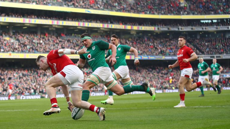 Steff Evans of Wales scores a second-half try