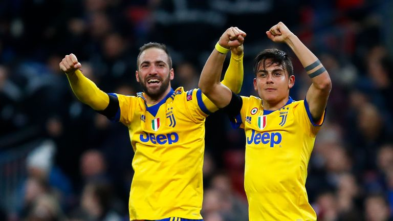 Gonzalo Higuain and Paulo Dybala celebrate Juventus' win