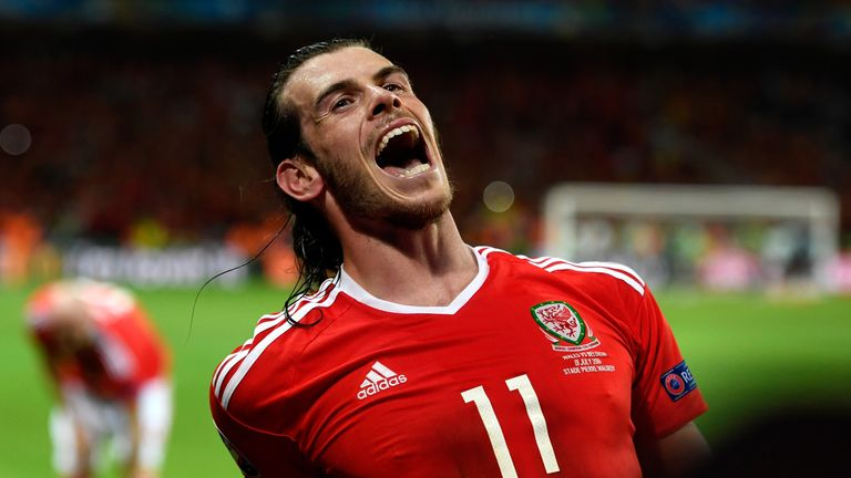 Gareth Bale celebrates his team's 3-1 win after the UEFA EURO 2016 quarter final match between Wales and Belgium at Stade Pierre-Mauroy on July 1, 2016
