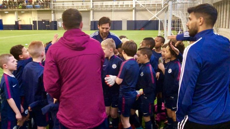 Messi's appearance stunned Man City youngsters (photo: Manchester City)