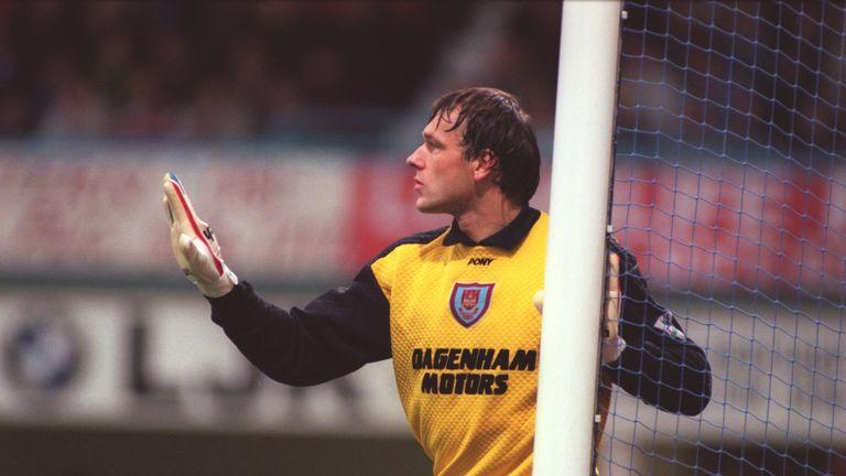 Ludek Miklosko denied Manchester United on several occasions
