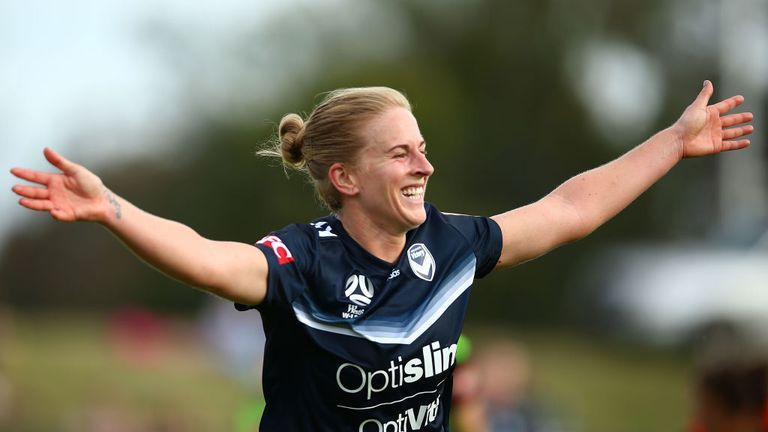 Natasha Dowie is a natural goalscorer, says Sue Smith