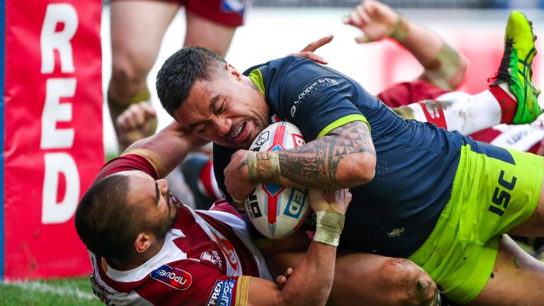 Tinirau Arona got over for Wakefield, but it wasn't enough to avoid their first loss