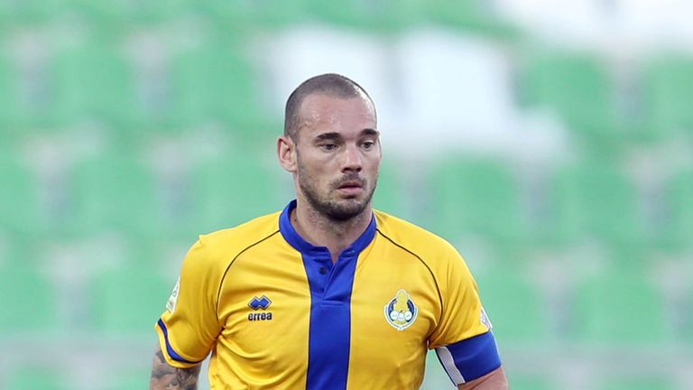 Sneijder moved from Nice to Al Gharafa, in Qatar, in January