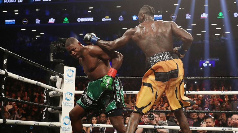 Wilder moved to 40-0 and held on to his WBC crown