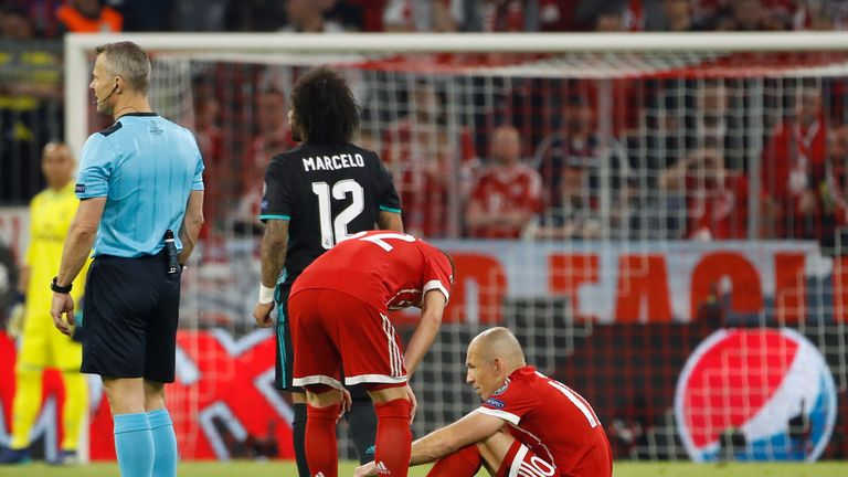 Arjen Robben suffered an early injury in the first leg