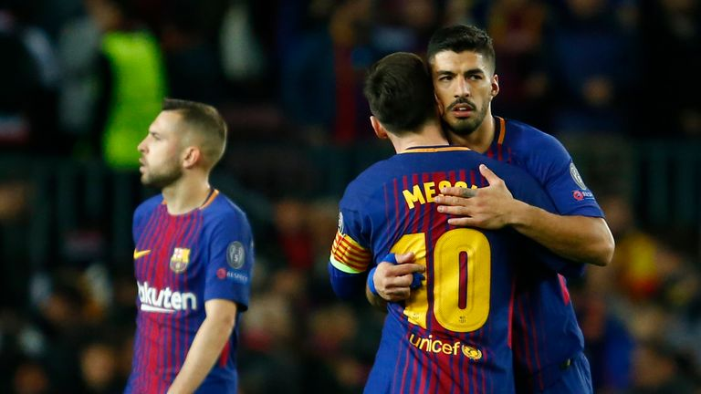 Luis Suarez scored Barcelona's fourth goal in the 4-1 first-leg win over Roma in their Champions League quarter-final