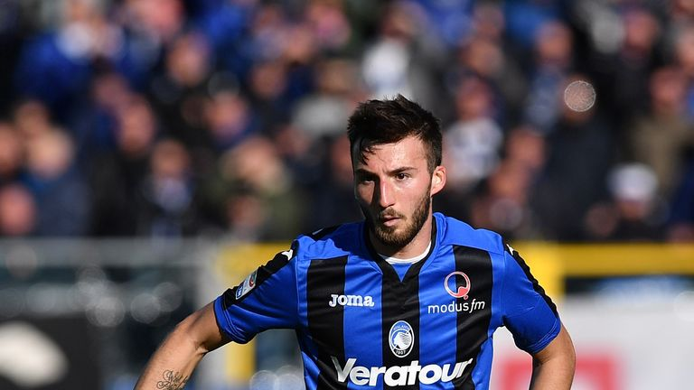 Bryan Cristante of Atalanta BC in action during the serie A match between Atalanta BC and SSC Napoli at Stadio Atleti Azzurri d'Italia on January 21, 2018 in Bergamo, Italy
