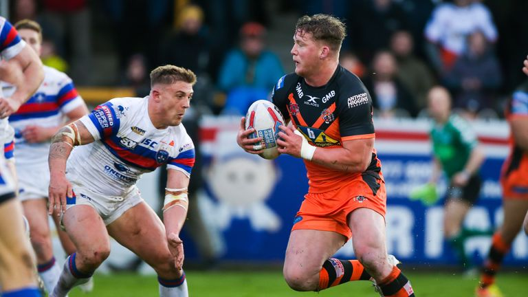 Adam Milner scored for Castleford in their home victory