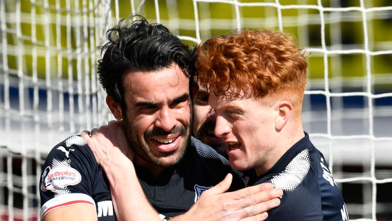 01/04/18 LADBROKES PREMIERSHIP. DUNDEE v HEARTS. DENS PARK - DUNDEE. Dundee's Sofien Moussa (left) celebrates his goal to make it 1-1 with teammate Simon Murray.