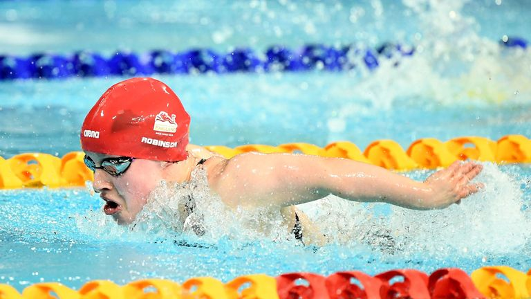 Ellie Robinson claimed gold for England in the pool