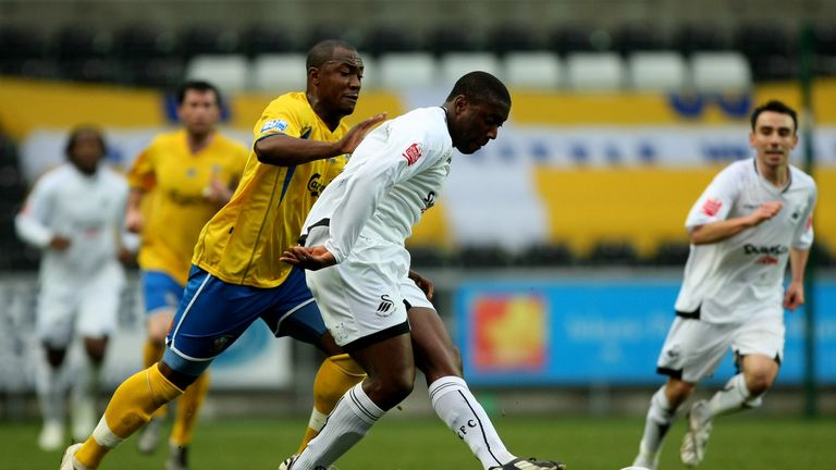 Kevin Austin (right) played for Swansea between 2004-2008