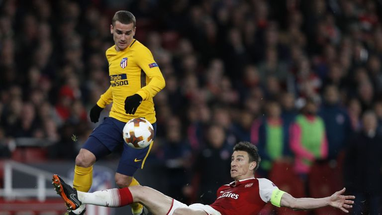 Laurent Koscielny's error led to Antoine Griezmann's goal