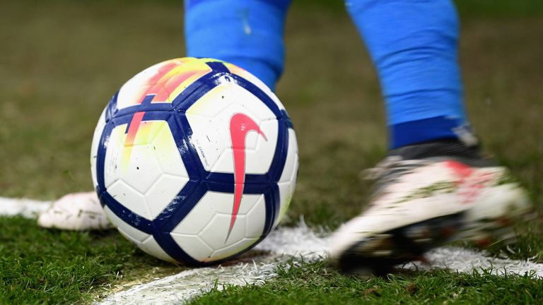 A view of a Premier League football as a corner is taken during the match between Crystal Palace and Leicester City at Selhurst Park on April 28, 2018