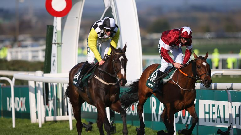 Tiger Roll just edges out Pleasant Company to win last year's Randox Health Grand National
