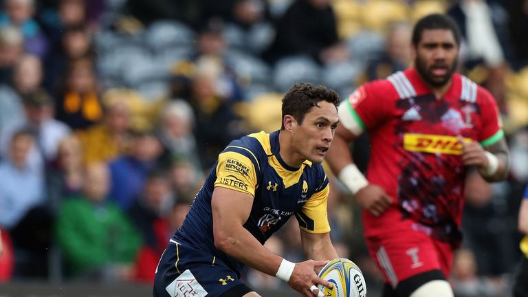 Worcester secured a vital try-scoring bonus-point before the break at Sixways