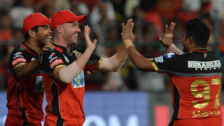 AB de Villiers took a sensational catch against Sunrisers Hyderabad (Credit: AFP)