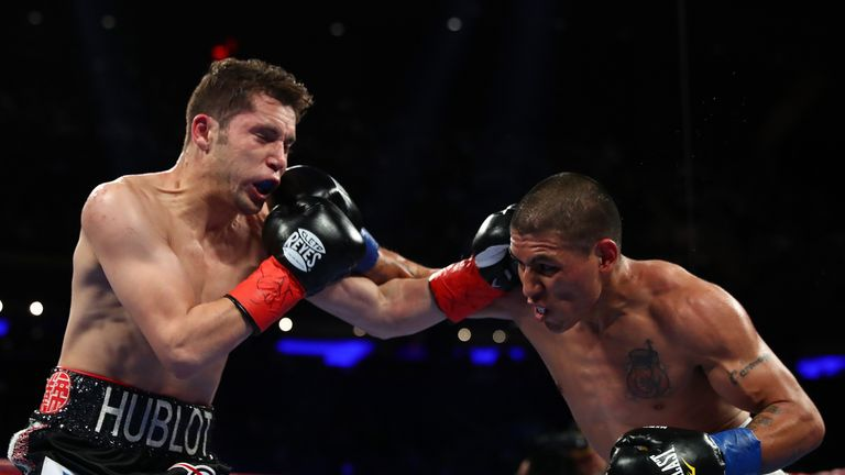 David Carmona in action against fellow Mexican Carlos Cuadras at Madison Square Garden