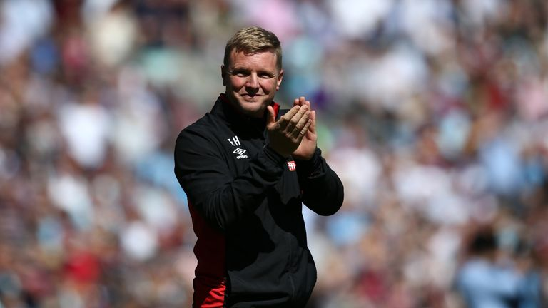 Eddie Howe shows his appreciation to the fans prior to the Premier League match between Burnley and AFC Bournemouth at Turf Moor
