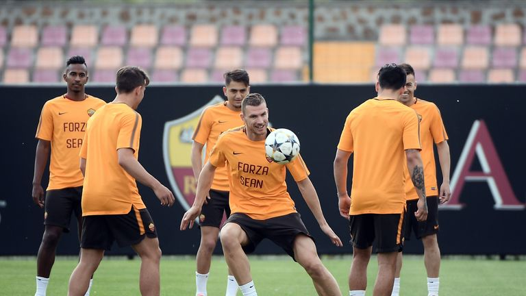 Edin Dzeko and his Roma teammates train wearing t-shirts with the message 'Forza Sean' ahead of their Champions League semi-final, second leg against Liverpool