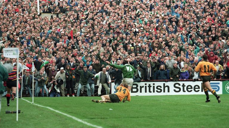 Gordon Hamilton dives for apparent glory late on against Australia at the 1991 World Cup