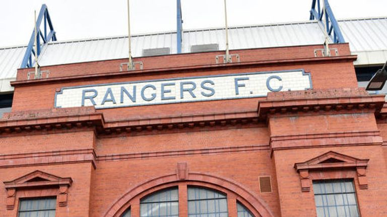 04/005/18 .IBROX - GLASGOW.Fans gather outside Ibrox awaiting the arrival of Steven Gerrard