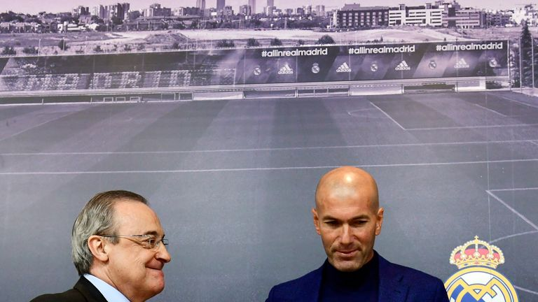 Zinedine Zidane announces at a press conference that he is leaving Real Madrid
