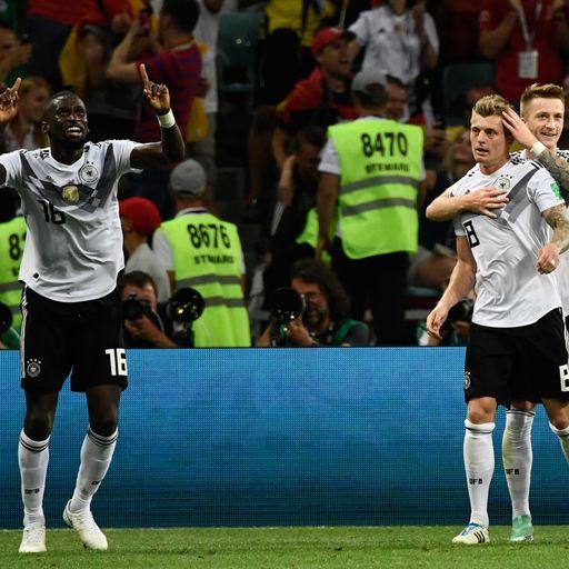 Kroos' late strike rescues Germany