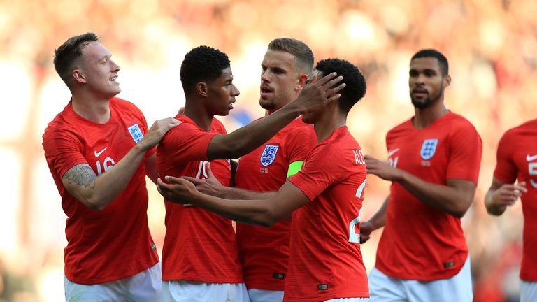 England player celebrate Marcus Rashford's opener against Costa Rica