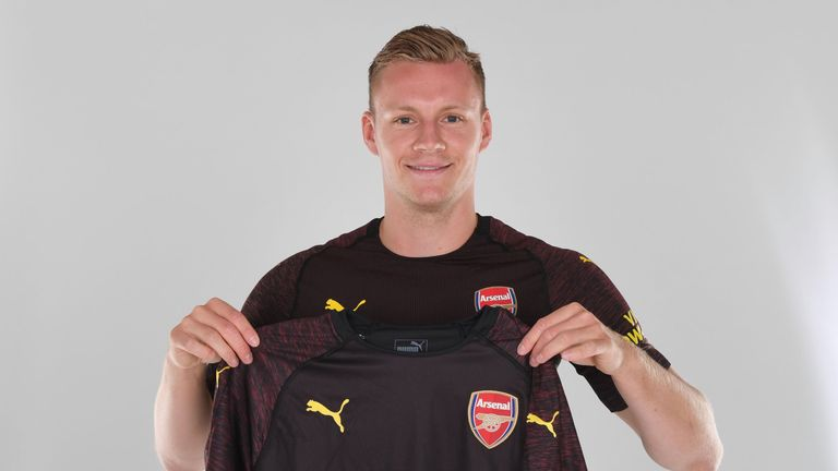 Goalkeeper Bernd Leno has completed his move to Arsenal from Bayer Leverkusen