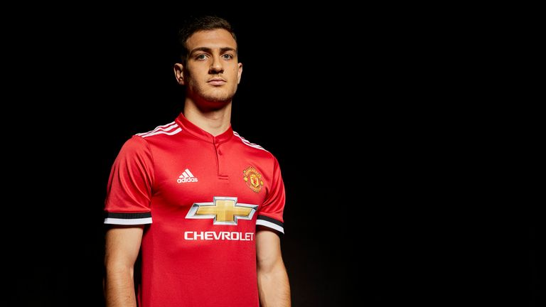 Diogo Dalot has become Manchester United's second summer signing