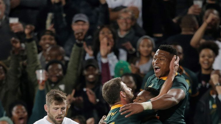 Elliot Daly's huge error gifted South Africa their second try through S'bu Nkosi